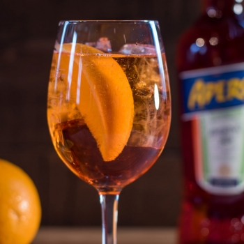 Livelyhood-Aperol-Spritz-Cocktail