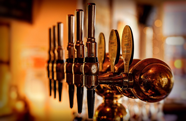 The-Old-Frizzle-Wimbledon-pub-beers-drafts